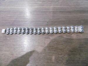 ancien bracelet en argent massif