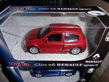 MAISTO 1/36 RENAULT SPORT CLIO V6 ROUGE MOTORIZED NEUF EN BOITE