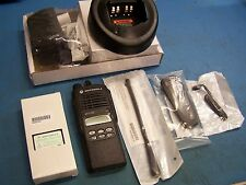 Motorola HT1250 UHF 450-527 128 CH Intrinsically Safe AAH25SDF9AA5AN New Tested