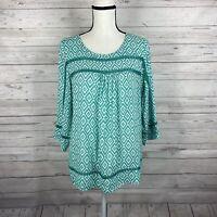 Skies Are Blue Womens Blouse Top Sz Medium Green & White Geo Print 3/4 Sleeve