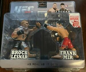 2010 Round 5 UFC BROCK LESNAR Versus FRANK MIR 2 Pack - Limited ED #1010/1500