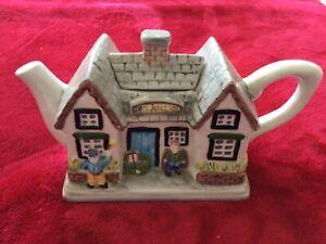 ornamental decorative TEN JUNCTION cottage teapot