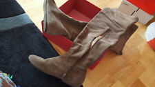Zip Flat (0 to 1/2 in.) Leather Solid Boots for Women