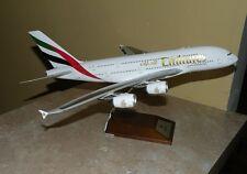 1:200 Gemini Emirates Airbus A380 diecast  model plane  A6EDE   w/ airbus stand