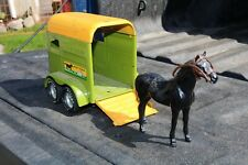 Nylint Stables Horse Trailer and Horse - Pressed Steel - Usa