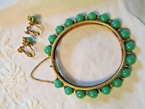 Miriam Haskell Set Earrings and Bracelet Green Glass Mid 20th Century Modern