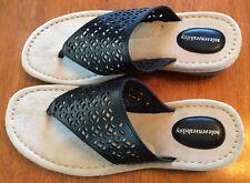 *NIB* Sole Senseability Women's Thong Sandal in Black; Size 8.  Retail - $59.99