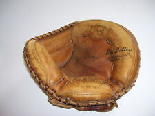 Vintage EARL BATTEY AUTOGRAPH PROFESSIONAL RAWLINGS Baseball Catchers Glove Mit