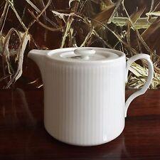 ROYAL COPENHAGEN blanc a côtes / blanc cannelé Théière 0,7 litre NEUF