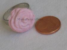 Anillo de rosa rosa en fimo artesanía