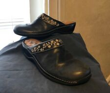 Softwalk Mariposa Embroidered Navy Blue Mule Sz 9.5 N