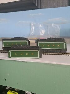 Hornby Ho Loco Tenders 2 off Complete plus One Body Only