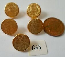 5 FABRIC EFFECT GOLD COLOUR PLASTIC BUTTONS (R63