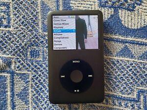 Apple iPod Classic 7th Generation Black (160GB) - MC297Q8/A - Nice Condition