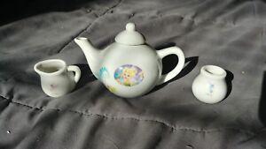 Walt Disney Fairies Tinker Bell 12 PiecePorcelain Tea Set 2011 Pretend Play