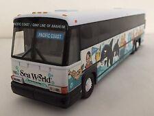 Corgi 98652 MCI 102-DL3 Bus - P.C.S.T. Seaworld 1:50 LIMITED EDITION  *  RARE! *