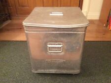 More details for grundy bin with 2 lids