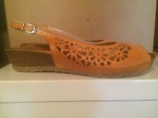 Low (3/4 in. to 1 1/2 in.) Sandals Wedge Heels for Women