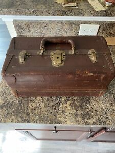 Vintage Knickerbocker Leather Tackle Box south bend babe Oreno lure collection