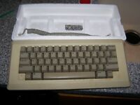 Macintosh Beige Keyboard M0110 Made in USA Tested and works fine