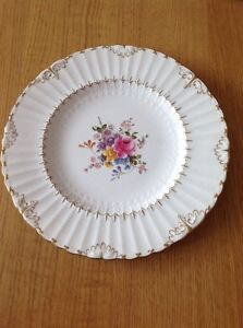 ROYAL CROWN DERBY 'Ashby' Plate 26.5cm Excellent Condition