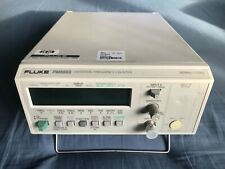 Frequenzimetro Fluke PM 6669, 10 Hz-160 MHz / 70 MHz-1.3 GHz