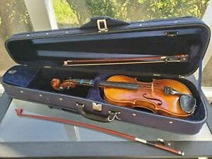 Vintage Karl Hauser Bubenreuth 19 Germany Violin with Bow and Hardshell Case