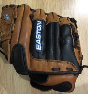 Easton Baseball Glove Left Handed 11.5 Pattern SFP1150