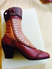 Bnib Just The Right Shoe Miniature Resin Shoe by Raine Collector Decoration rare