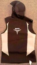 Mares Hooded Vest 5 - 3mm Trilastic 2006 Men's Size SMALL Black White Trim WS3