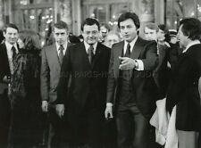 ALAIN DELON L'HOMME PRESSE 1977 VINTAGE PHOTO ORIGINAL #4