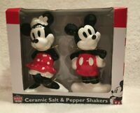 New Disney Mickey and Minnie Mouse Hands on Hips/Back Salt and Pepper Shakers