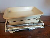 Vintage Royal Beam Balance Enamel Kitchen Scales (Weight Family Scales with Pan)