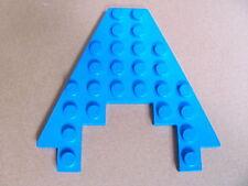 LEGO 6104 @@ Wedge, Plate 8 x 8 with 3 x 4 Cutout (x1) @@ BLUE @@ BLEU