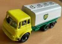 Matchbox Lesney No 25 Bedford BP Petrol Tanker Truck BP - RARE Paint Defect