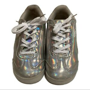 Puma toddler sneakers Size 9 Girls Silver iridescent Low Top