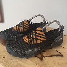 Keen CNX Zephyr Criss Cross 1016857 Comfort Shoe, Women's Size 8 - Black NEW