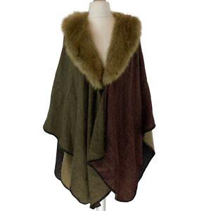 Women's Faux Fur Wrap Blanket Shawl Drape open front Poncho. One Size EXC CON.