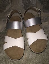 "Womens Size 6 M > NEW >NATURALIZER ""AGRATA"" STRAPPY SANDALS White & Silver"