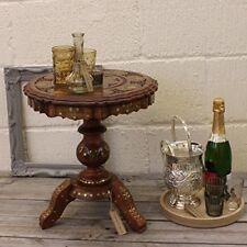 Tables d'appoint ronds en laiton pour le salon