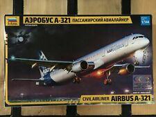 ZVEZDA 7017 AIRBUS A-321 Civil Airliner 1/144.