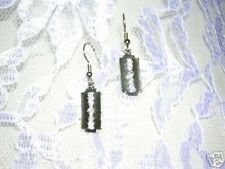 WICKED AMERICAN CAST PEWTER DANGLING SMALL SIZE RAZOR BLADES EARRINGS JEWELRY