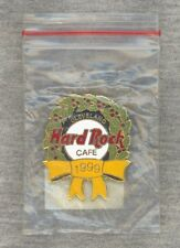 New listing New-In-Bag Hard Rock Cafe Cleveland Pin 1999 - Christmas Wreath Yellow Ribbon
