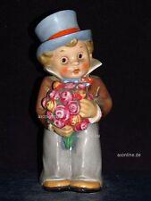 +# A005575_01 Goebel Archivmuster EF71 Parfumverdunster Junge m. Zylinder  TMK2