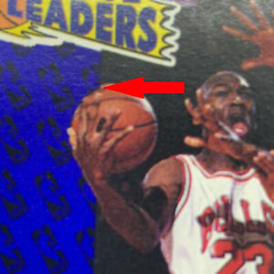 RARE ERROR MICHAEL JORDAN 1991 FLEER #220, BASKETBALL IS SHIFTED ALONG LINE