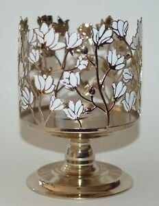 BATH & BODY WORKS WHITE FLOWERS PEDESTAL LARGE 3 WICK CANDLE HOLDER SLEEVE 14.5