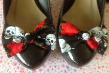 PAIR BLACK SKULL CHAIN ROSE PRINT COTTON FABRIC BOW SHOE CLIPS 50s ROCKABILLY