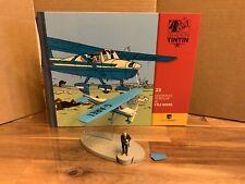 En avion Tintin n°23. L'avion bleu de Müller de L'île Noire. 2014
