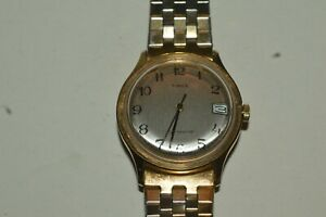 TIMEX 27820 Wind Up Watch 35mm Date Function Gold Color Case Vintage Works Fine