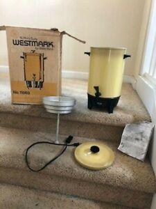 Vintage (MCM) West Bend 12-30 Cup Coffee Maker Harvest Gold